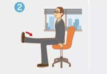腰痛、背痛还没时间锻炼?上班族试试这套拉伸方法