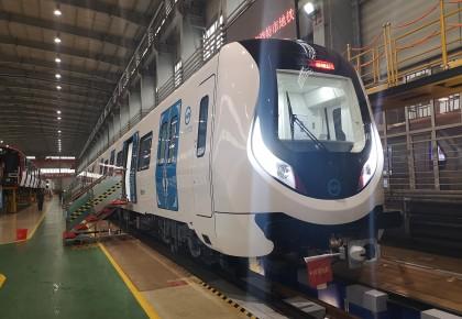 草原先锋!内蒙古首列地铁车辆在中车长客下线