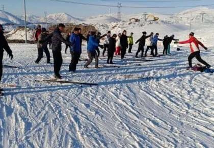 发挥冰雪强省优势 做好冰雪体育援疆