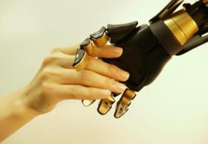 """新技术有望让""""人造皮肤""""有感应"""