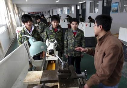 人社部:针对新生代农民工培训提出四方面创新举措