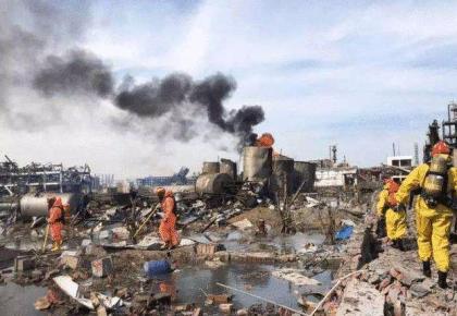生命的礼赞——江苏响水爆炸40小时后救出一名幸存者