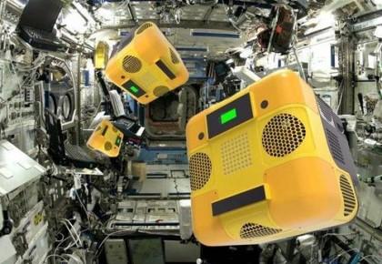 """本领高强!""""太空蜜蜂""""机器人将赴空间站""""上班"""""""