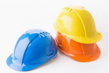 北京:6月1日起施工总承包单位须统一购买安全帽
