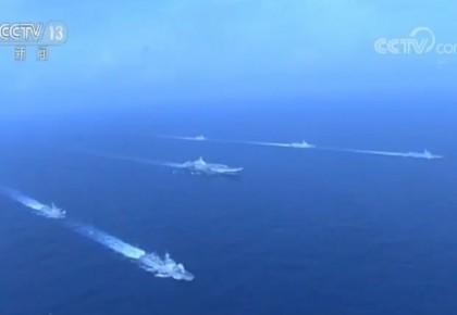人民海军从战火中走来 向深蓝驶去