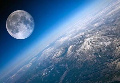 研究显示月球正不断缩小