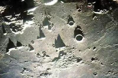 嫦娥四号证实月球背面幔源物质为橄榄石和低钙辉石