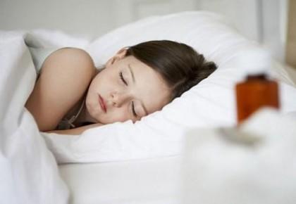 想要孩子多运动睡得香 家长这么做
