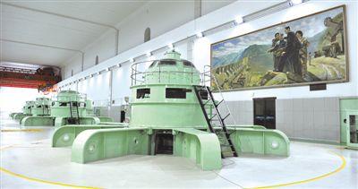 新安江水电站—— 一湖碧水 千亿能量