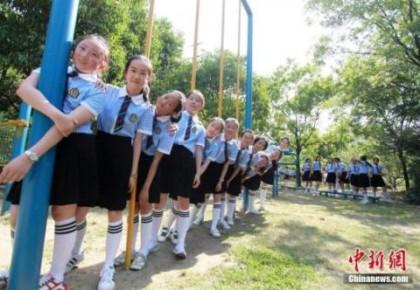中國義務教育年投入超2萬億元 15年免費教育暫不可行