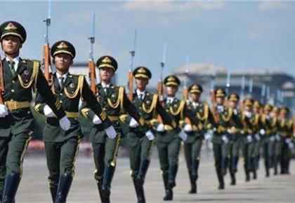 中国军队现役总员额减至200万
