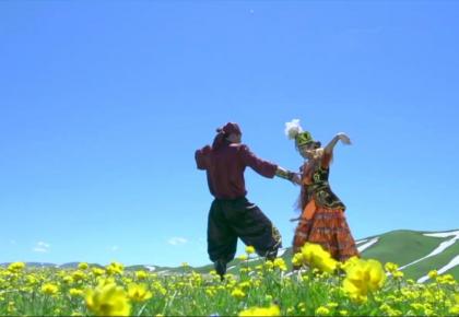 世人眼中的阿勒泰,不仅仅只有草原…… 歌和马是哈萨克的两只翅膀