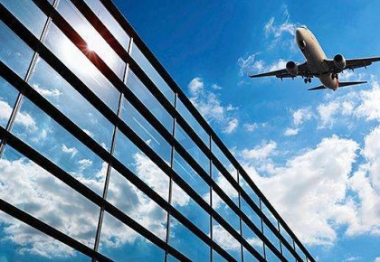 民航局:严禁机票默认搭售潜规则 维护消费者权益