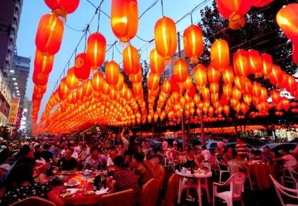 """亮起来 活起来——中国""""夜经济""""新图景扫描"""