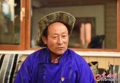 【边疆党旗红】乌力吉巴雅尔:牧民好兄弟 守边堡垒户