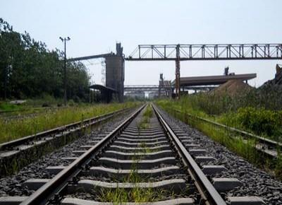 """今明两年我国规划建设127个铁路专用线:解决铁路运输""""最后一公里""""问题"""