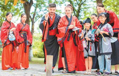 外国游客重访率高 中国入境游稳步增长