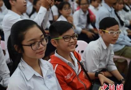 2018年超半数中小学生近视 15省份近视率超平均水平
