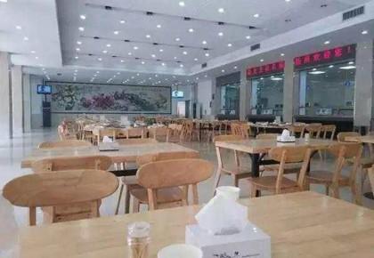 """价格实惠菜品多!多地政府食堂对外开放市民打卡""""蹭饭"""""""