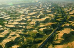 """我国荒漠化和沙化面积连续15年""""双缩减"""""""