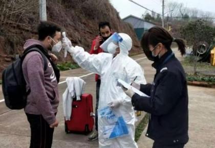 【中国那些事儿】此心安处是吾乡!在华留学生点赞中国控疫举措:有力有效