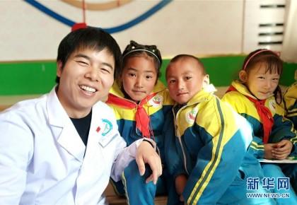 青年醫生羅花南:才下高原又戰武漢 哪里需要在哪里