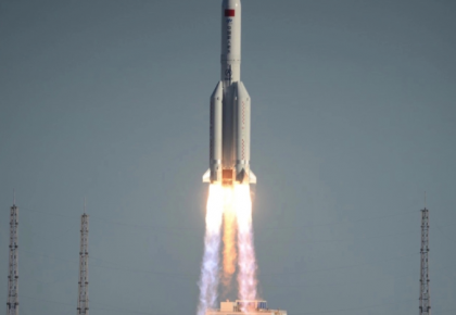 走过五十年 长征火箭好样的!