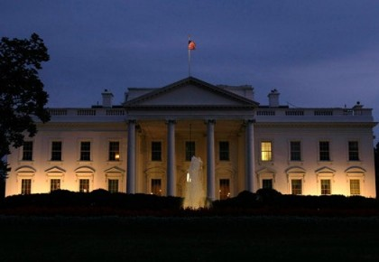 """白宫为何""""沦陷""""? 奥巴马给特朗普抗疫下了定义"""