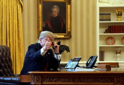 """踢爆""""水门""""的老记者出马,特朗普又陷""""电话门""""?"""