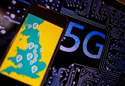 """英国禁用华为设备""""沉重打击""""本国5G发展雄心——访英国行业分析机构""""CCS洞察""""公司消费者和连接业务总监凯斯特·曼"""