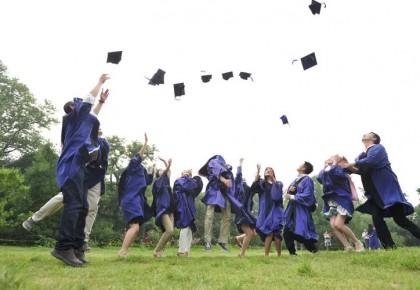 三部门:五大举措助力贫困家庭毕业生就业