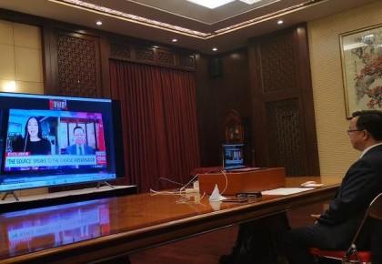 中国驻菲律宾大使黄溪连:美国炫耀武力干涉南海问题 挑衅搅局意图一目了然
