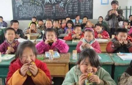 全国2/3中小学生在农村 城乡教育零距离有多难?