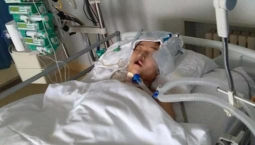 【求助】17岁高中生患重病入院 治疗费用需要百万元