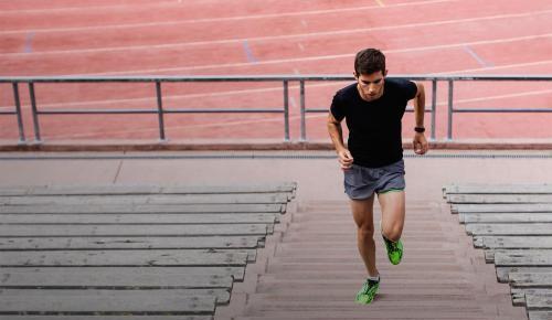 坚持规律性运动可保持心脏和动脉年轻健康