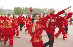 吉林华桥外院第十三届国际文化艺术节精彩纷呈