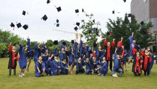 致毕业的你 一图读懂大学生就业趋势