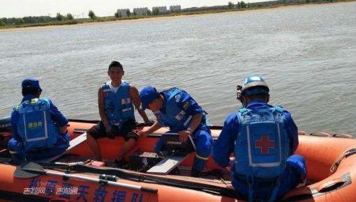 【悲剧】男子酒后溺水 救援队全力打捞 不幸溺亡