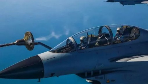 @高考考生 空军招飞已开始!满足这些条件的快打电话报名!