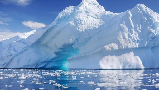 为啥南极臭氧空洞比北极大?原来是太阳在作怪