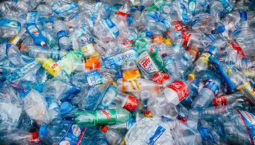 更环保的汽车能源来了?塑料垃圾可转化为汽车燃料