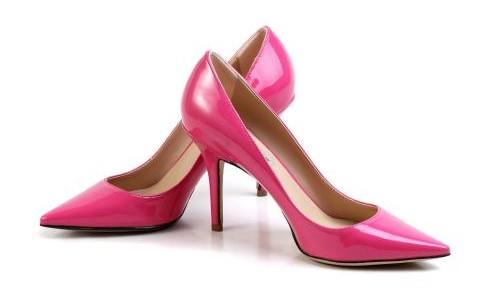 爱美应量力而行,高跟鞋竟会带来这些伤害!