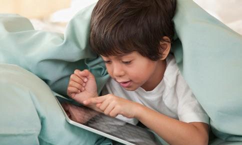 如何让孩子放下手机游戏——青少年沉迷网络游戏乱象与预防措施调查