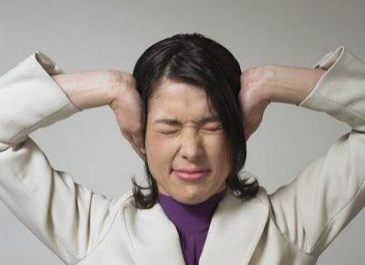 头晕耳鸣,弹弹后脑勺有缓解作用!