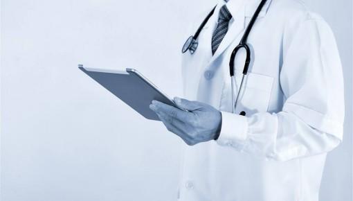 文科生也能当医生了!这所高校首开文科生报考医学博士通道,往届生大多进三甲医院
