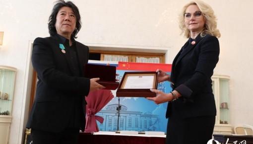 著名戏剧导演孟京辉获得俄罗斯国家级奖章