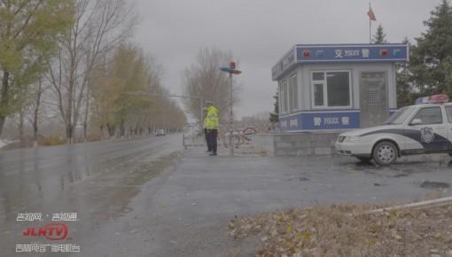 监控视频| 男子无证驾驶套牌车撞路障逃走 结果……