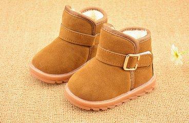 雪地靴并不适合孩子穿?谨慎选择很重要!