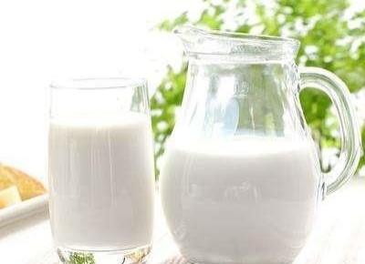 进口牛奶更好?保质期长,少营养!
