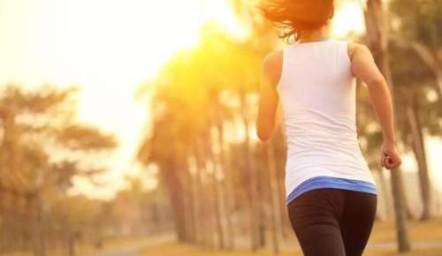 保护膝盖!教您选双最适合的跑鞋